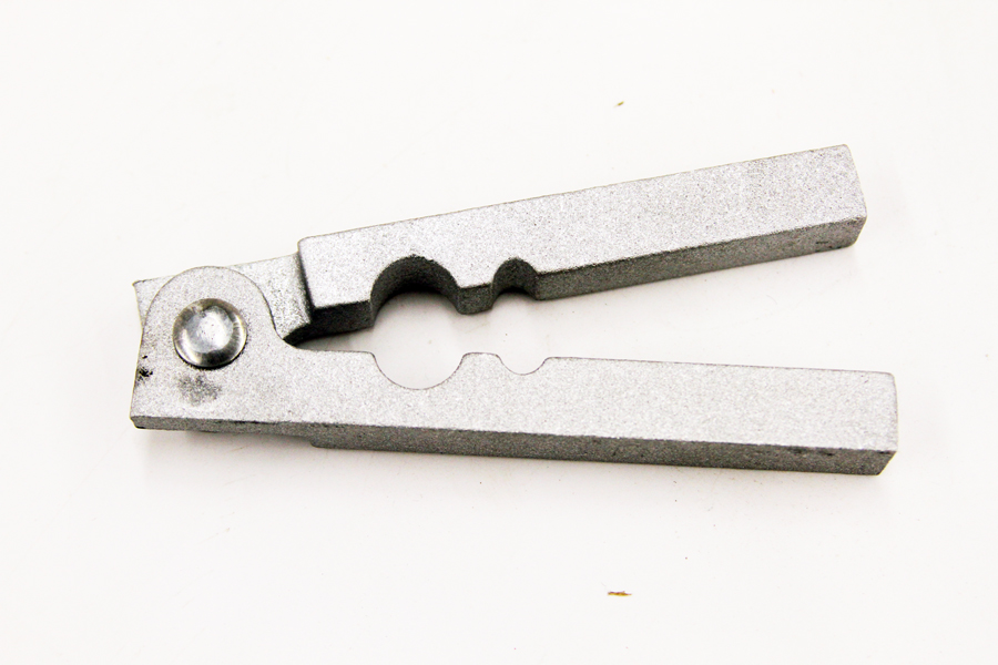 MINNESOTA TRAPLINE PRODUCT METAL TAIL STRIPPER TRAPPING SUPPLIES